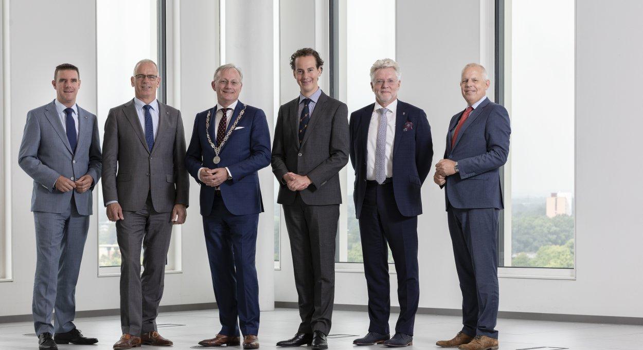 College van burgemeester en wethouders gemeente Almelo